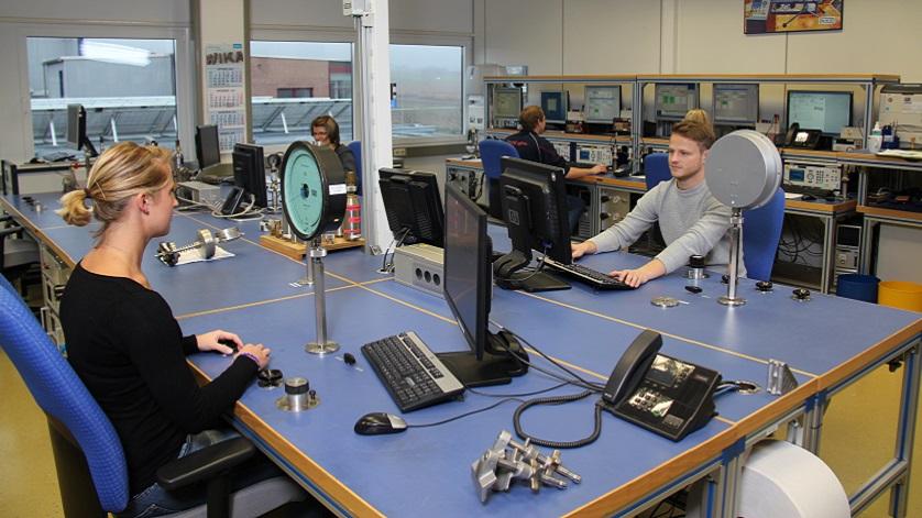 laboratório para calibração de pressão