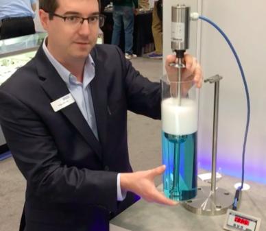 Tecnologia de medição de nível baseada em boia da WIKA